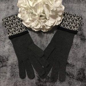 New Michael Kors Gloves